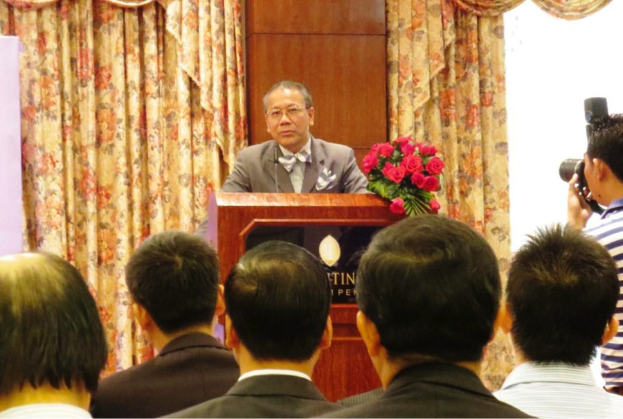 Mr. Siphana Sok, a prominent lawyer and politician, gave his speech about the key point of investors