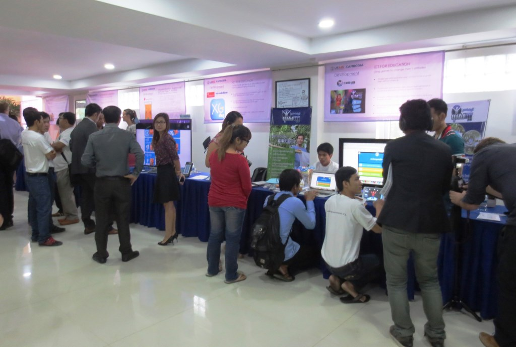 More than 20 CSOs and TPSs demonstrated their inventions to participants