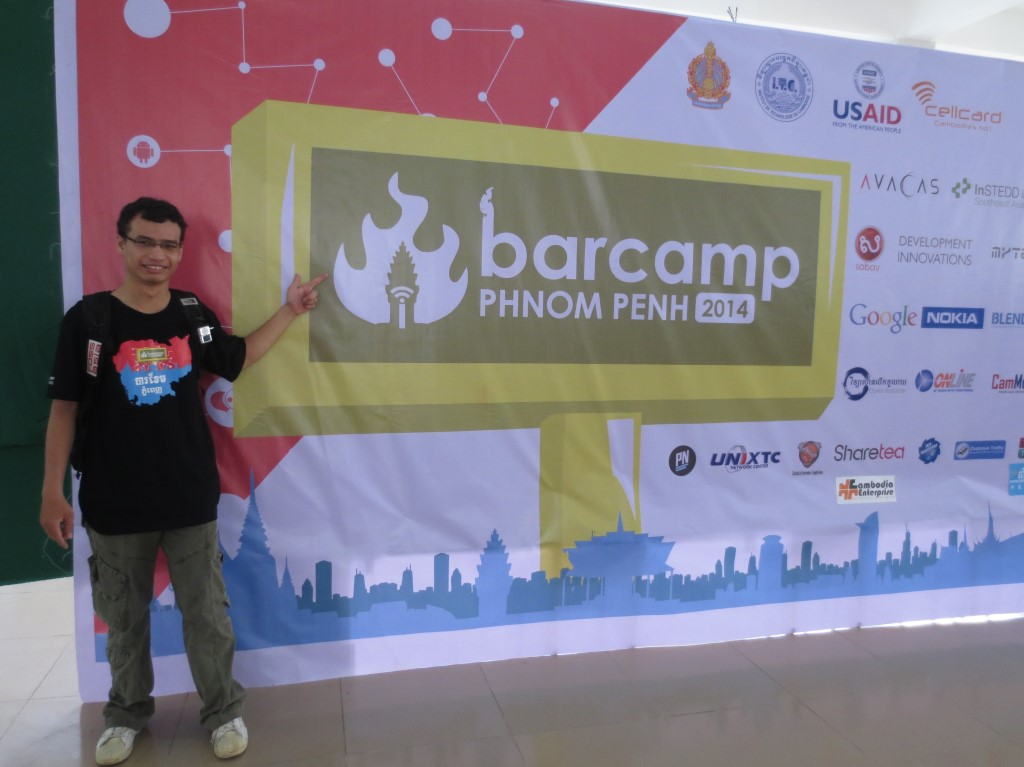 Mr.Rattana Keo, a Tech correspondent for Geeks in Cambodia attended Barcamp 2014 to share his experience about this event