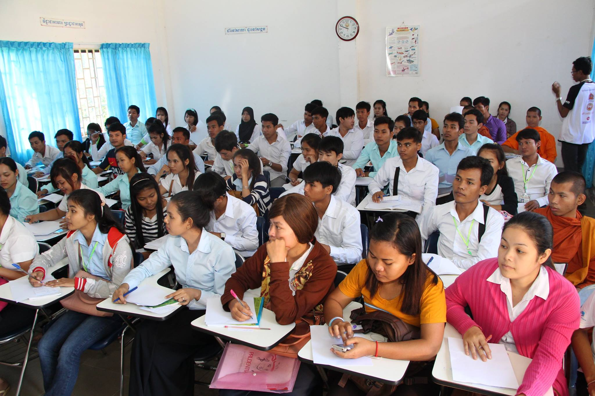 Eager learners during one of Barcamp Kampong Cham's sessions. There were over 350 participants in total for all sessions conducted.