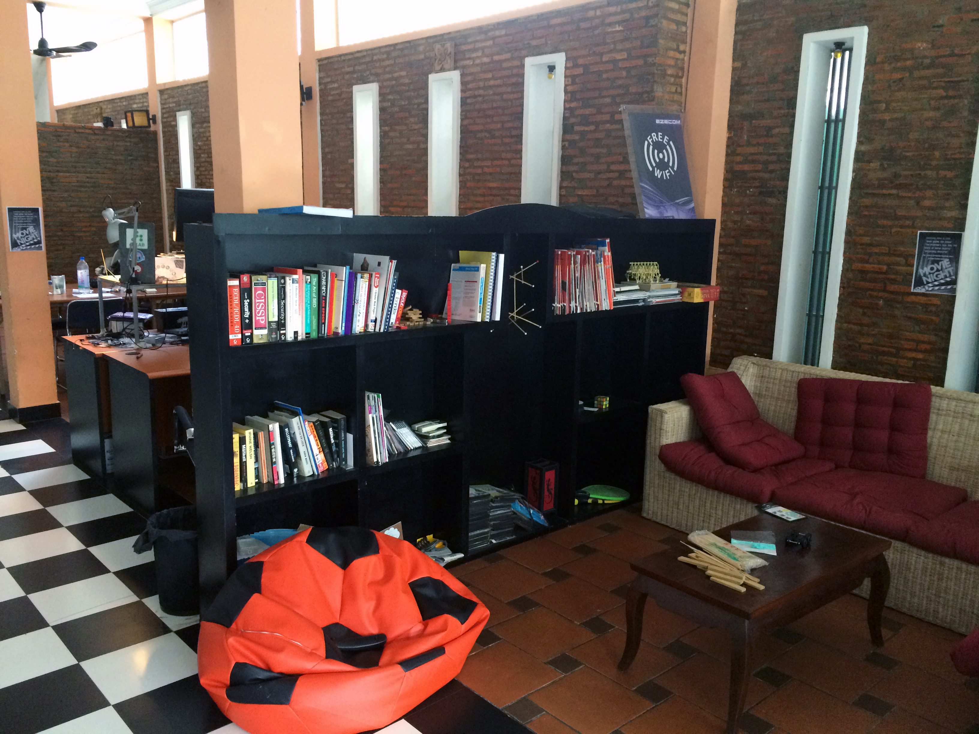 The front of CoLAB houses a library of books that ranges from teaching you how to code using HTML 5 to creating a 3D printing file. These are free resources that people can access if they visit CoLAB. The area is also wifi-equipped, free of charge by EZECOM.  Photo Courtesy of Leo Jofeh.